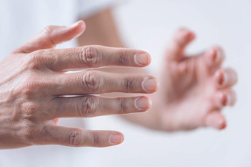 Lithothérapie à distance et abus de confiance